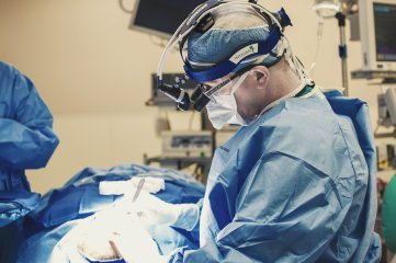 Dr. in Surgery